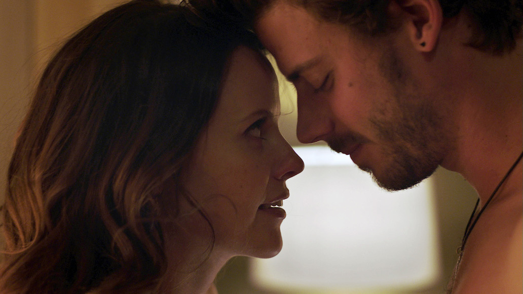 'Midnight, Texas' Star Francois Arnaud On Why Sarah Ramos Is Perfect For 'Creek'